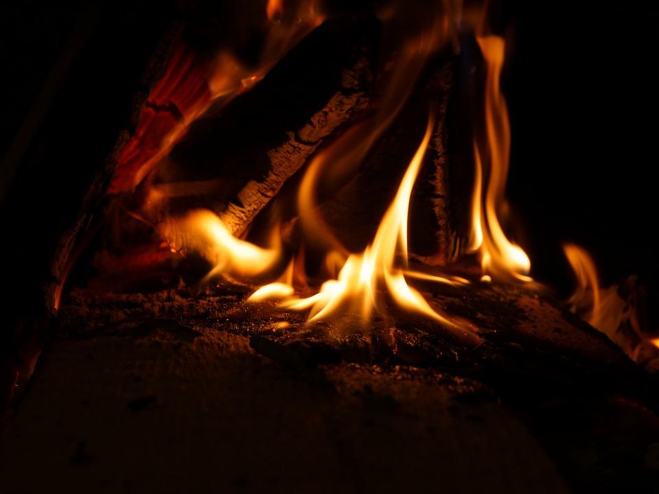 Træ der brænder